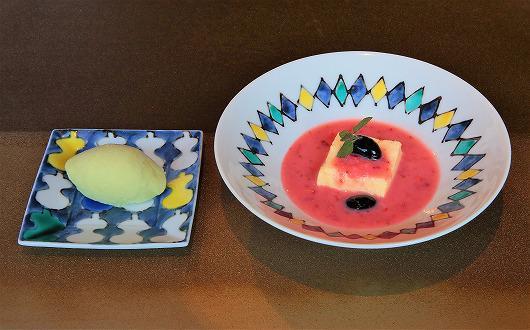 ハチミツババロア 苺のスープ ~ 4月のデザート ~