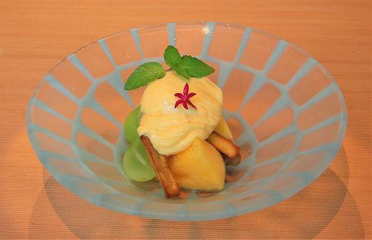 シャインマスカットと無花果と柿の白味噌サバイヨンかけ ~ 9月のデザート ~