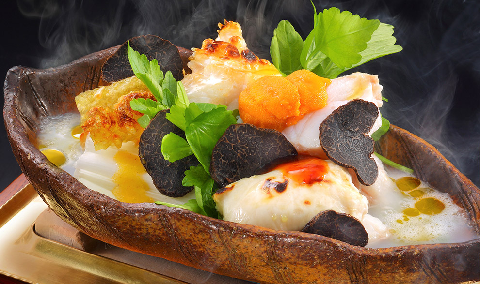 ノドグロとずわい蟹の蕪蒸し鍋